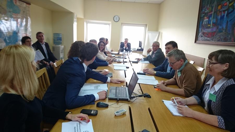 Susitikimas su Seimo Valstybės valdymo ir savivaldybių komitetu dėl Bendruomenių rėmimo programos