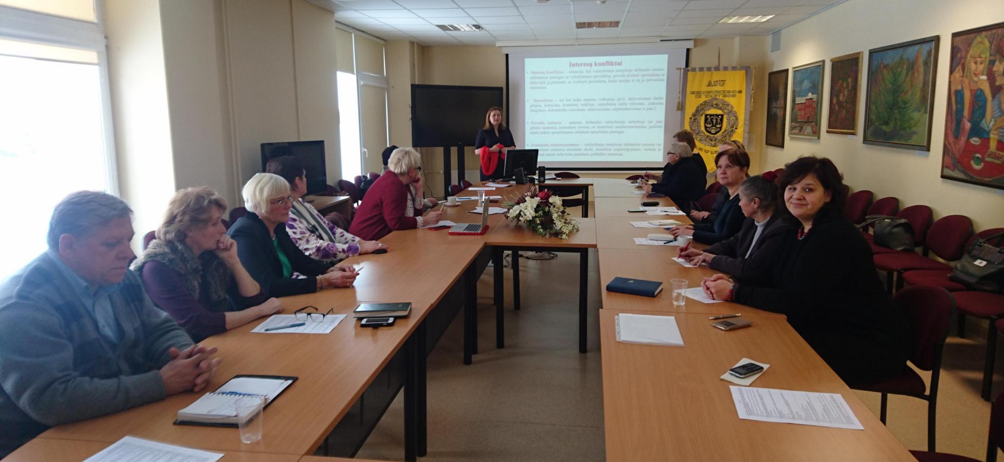 Viešųjų ir privačiųjų interesų derinimas vietos bendruomenėse – pirmasis seminaras