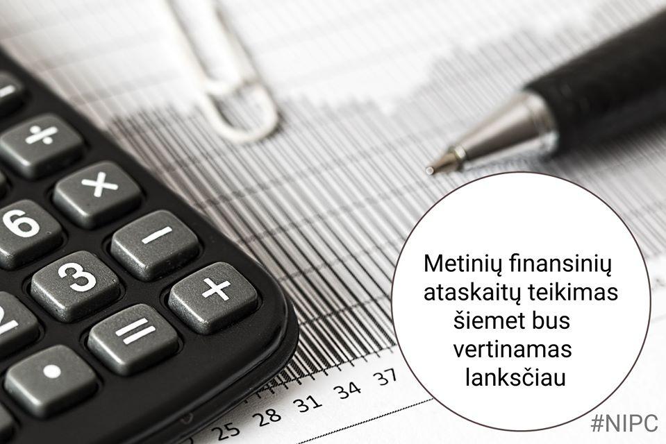 Dėl finansinių ataskaitų teikimo Registrų centrui